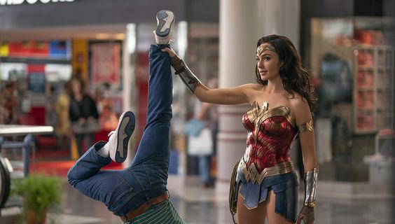 © Warner Bros